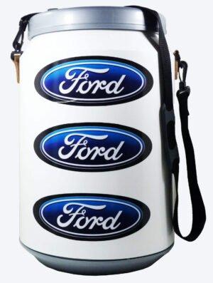 Conservadora con diseño de Ford