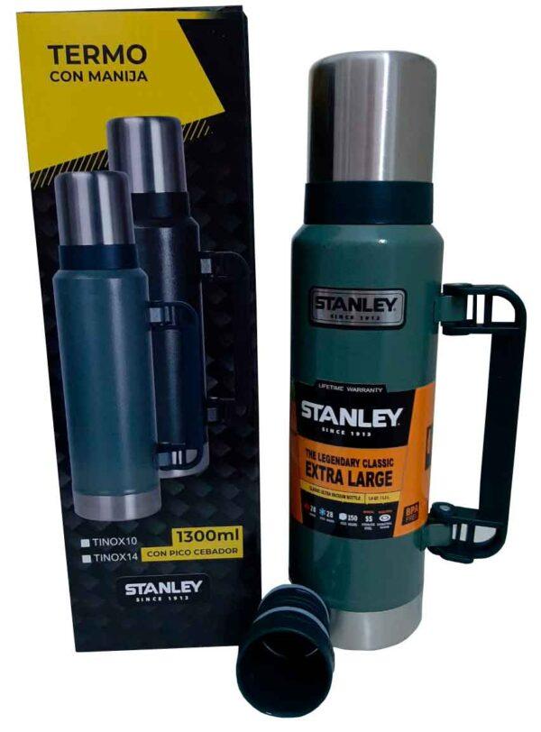 Termo Stanley de 1.3 litros color verde
